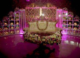 جایگاه زیبا و تشریفاتی عروس داماد